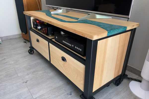 meuble TV sur roulettes